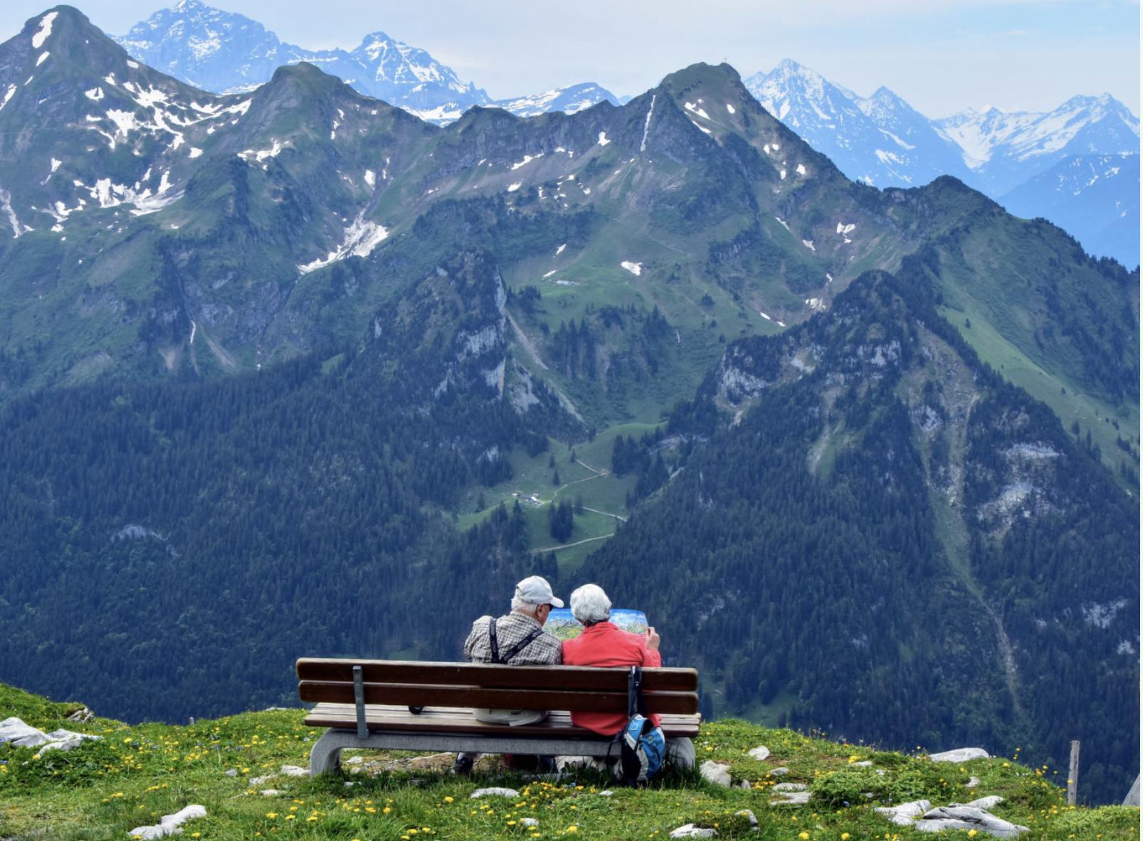 svájci nőt keres házasság flörtölés meg a szájban